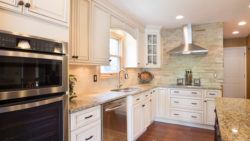 Signature Pearl with Stainless Appliances