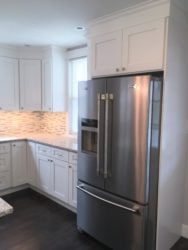Refrigerator_Cabinet_in_Forevermark_Ice_White_Shaker