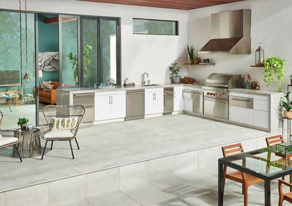 msi-tiles-flooring-praia-grey-3x24-bull-nose-polished-NPRAGRE3X24BNP
